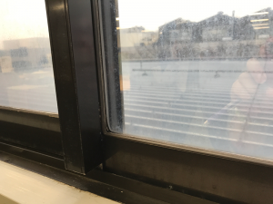 神奈川県藤沢市の会社企業窓フィルム遮光遮熱
